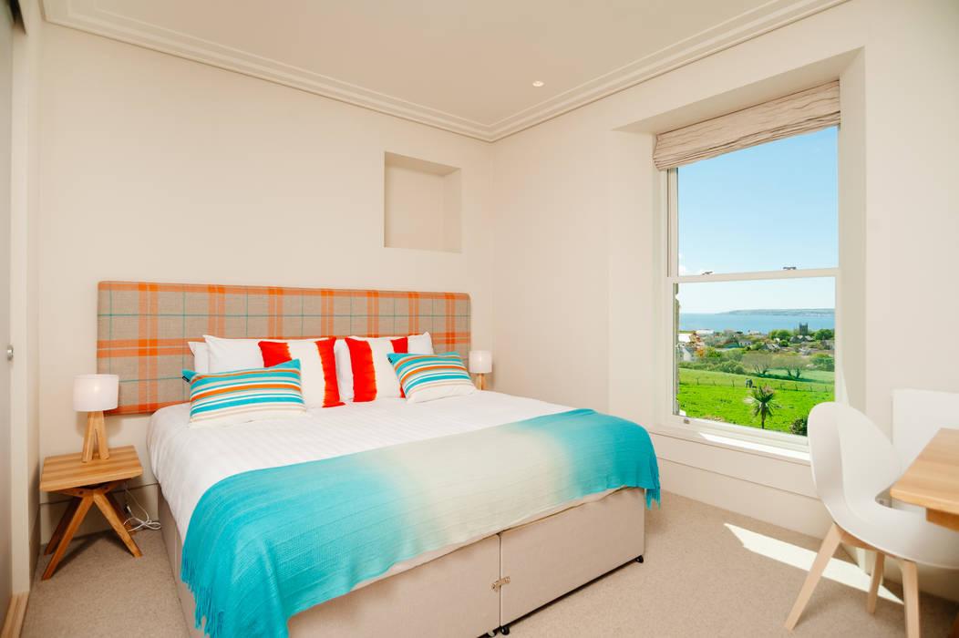 Bedroom โดย Perfect Stays โมเดิร์น