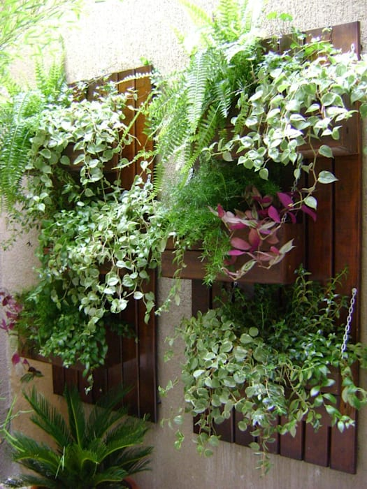 PAISAGISMO: JARDINS VERTICAIS BY MC3 Jardins rústicos por MC3 Arquitetura . Paisagismo . Interiores Rústico