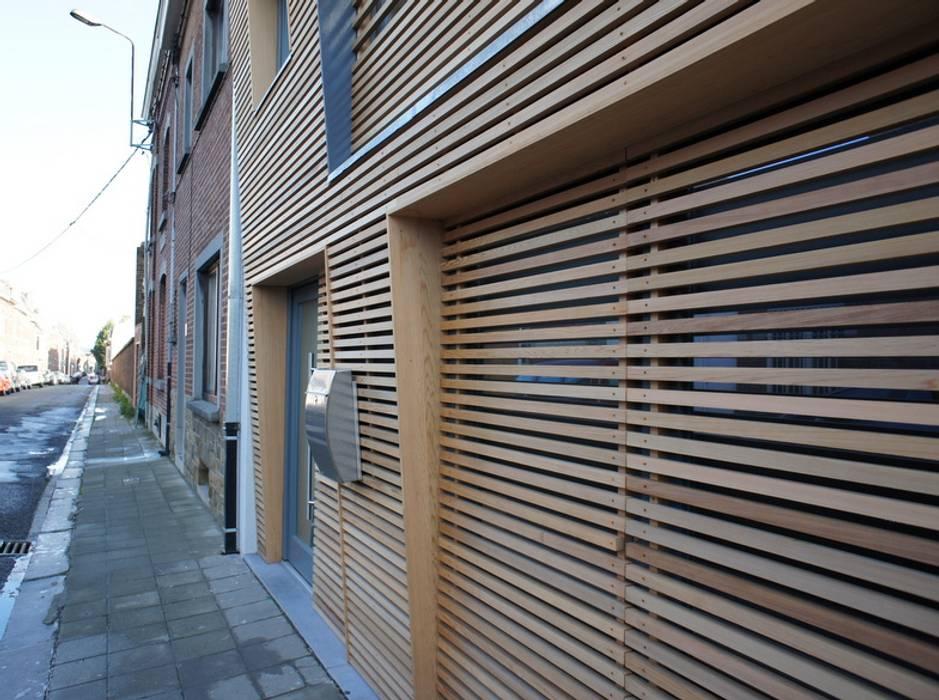 Modern Houses by Bureau d'Architectes Desmedt Purnelle Modern Wood Wood effect