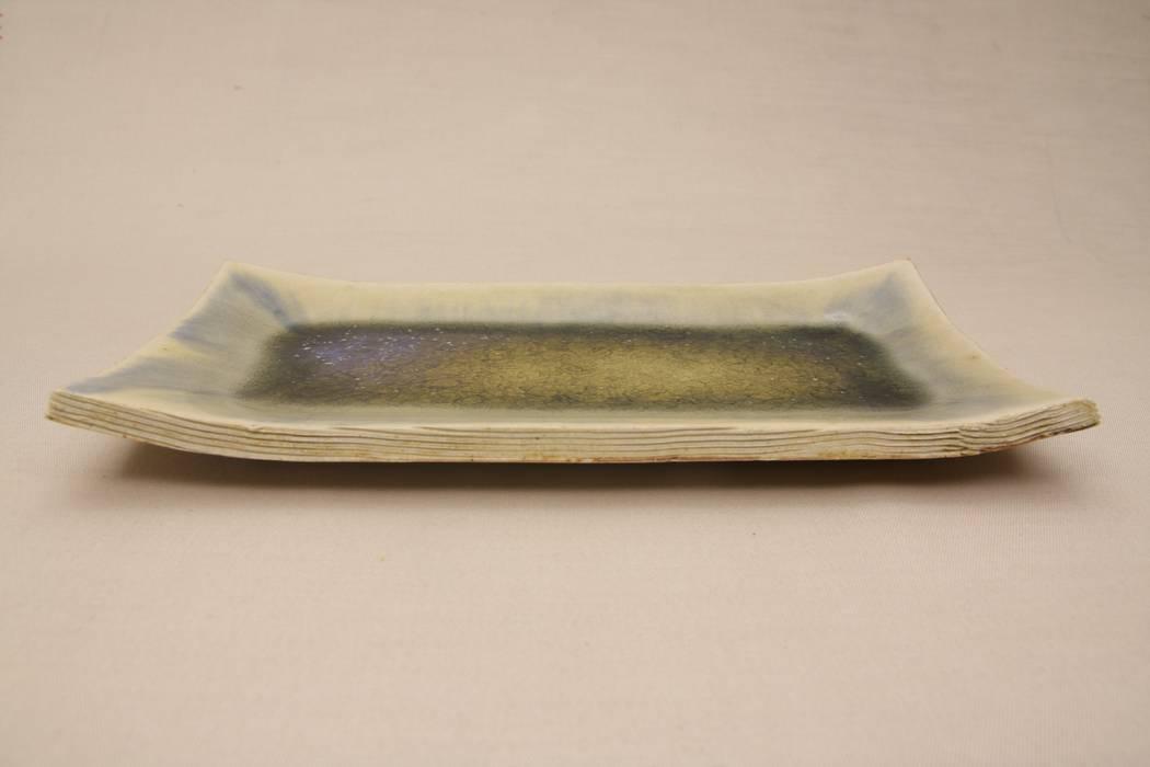 Wide plate: 新田 学 (GAKU! CO-BO)が手掛けた折衷的なです。,オリジナル 陶器
