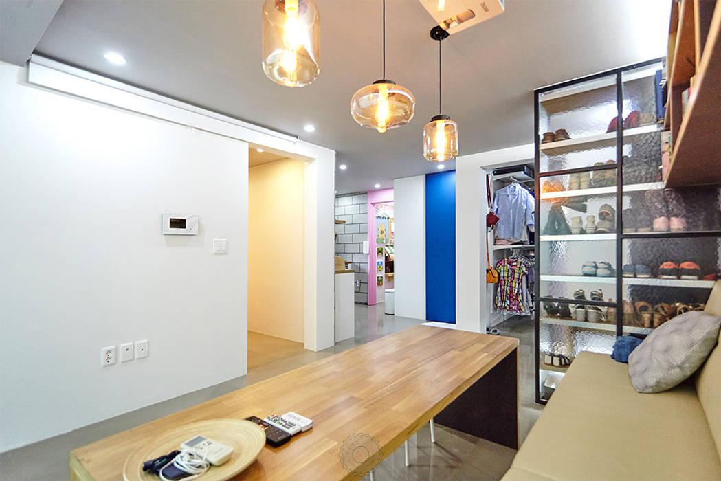다이닝룸: 제이앤예림design의  다이닝 룸
