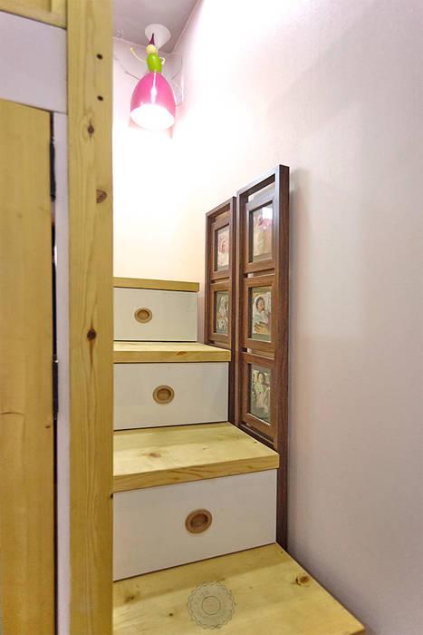 이층침대의 계단: 제이앤예림design의  아이방