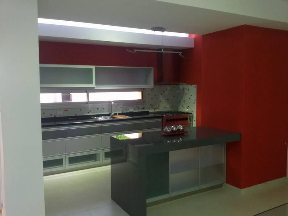 Kitchen by Fernando Galoppo - ARQUITECTURA