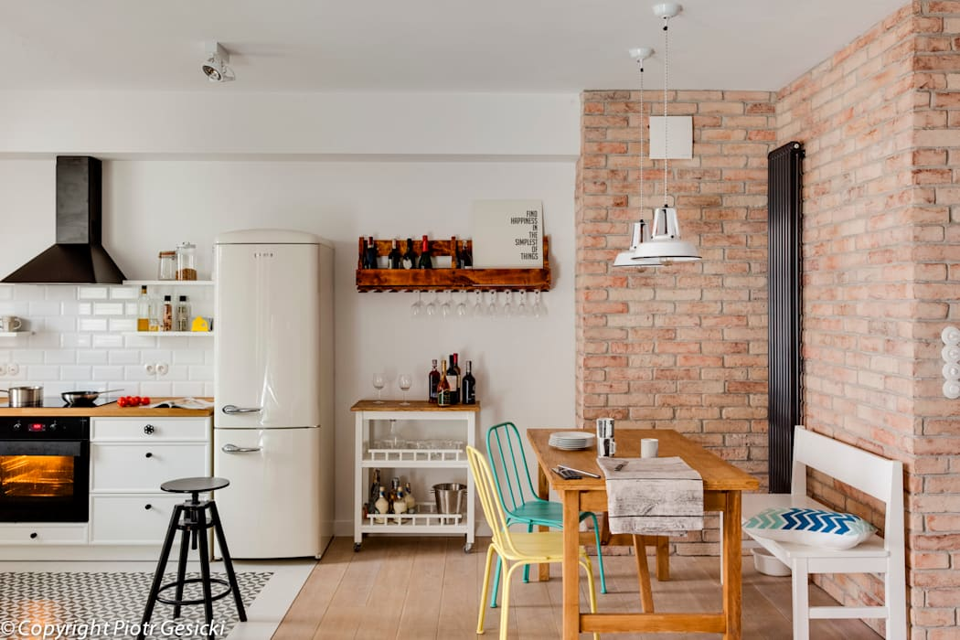Eclectic style dining room by Loft Factory Eclectic