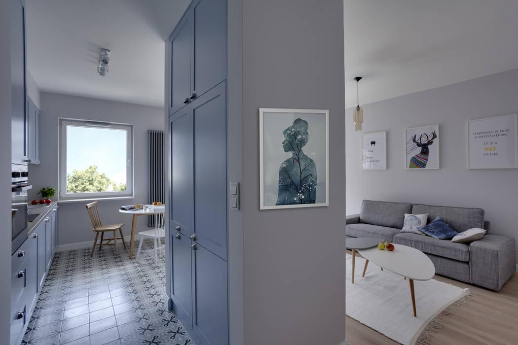 Loft Factory Ingresso, Corridoio & Scale in stile scandinavo