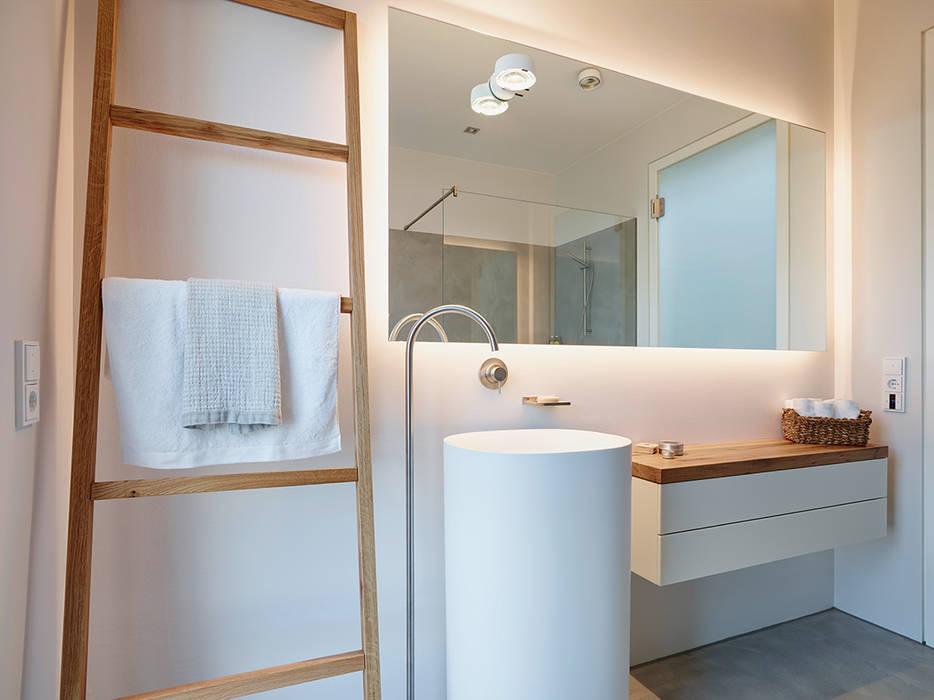 Penthouse Moderne Badezimmer von HONEYandSPICE innenarchitektur + design Modern