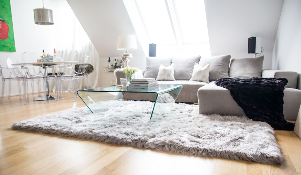Modern Living Room by onloom GmbH Modern