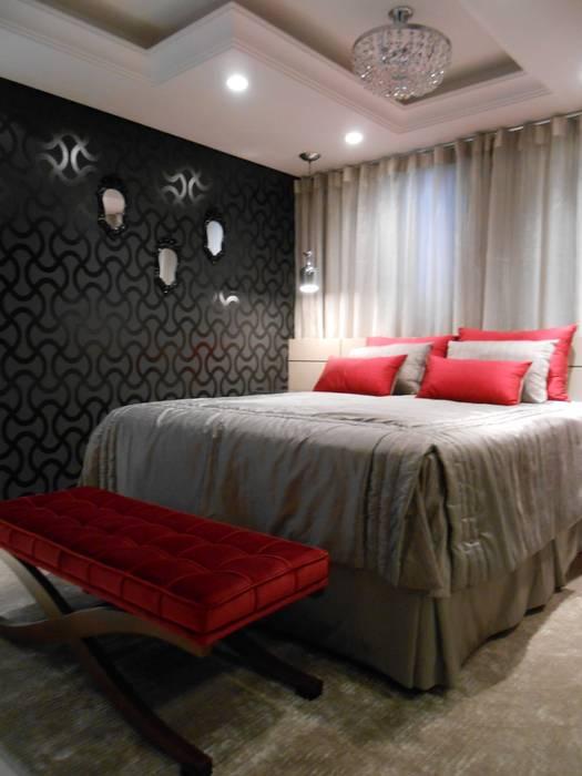 Schlafzimmer von Mariana Von Kruger Emme Interiores,