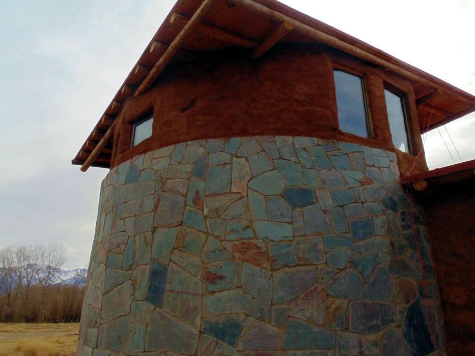 CASA FARO: Casas de estilo rural por bioma arquitectos asociados