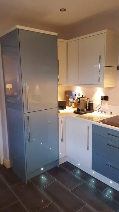 廚房 by Hitchings & Thomas Ltd, 現代風