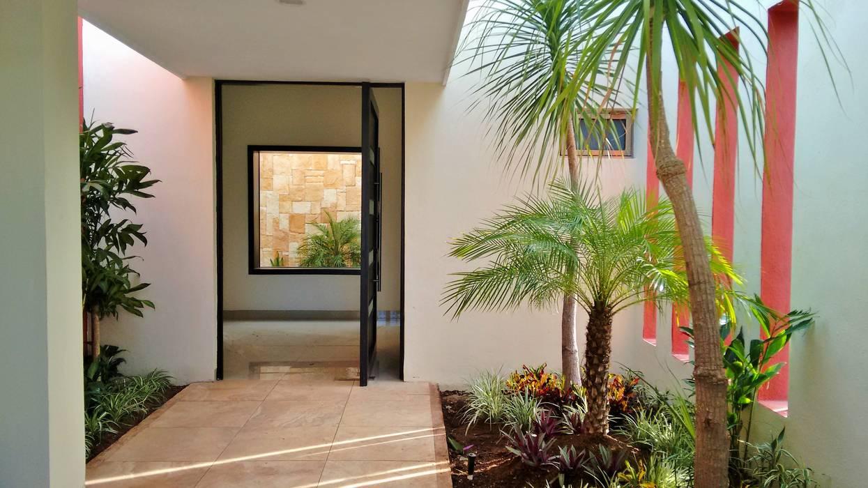 Jardines en vestíbulo de acceso - proceso de EcoEntorno Paisajismo Urbano