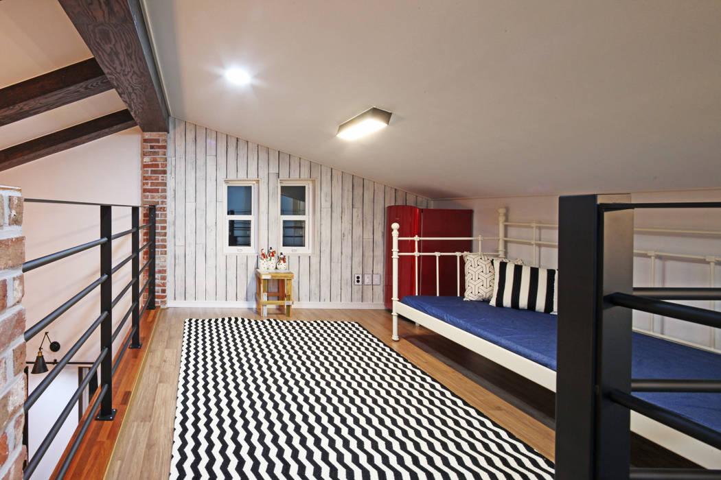 garage hangar de style de style m diterran en par homify. Black Bedroom Furniture Sets. Home Design Ideas