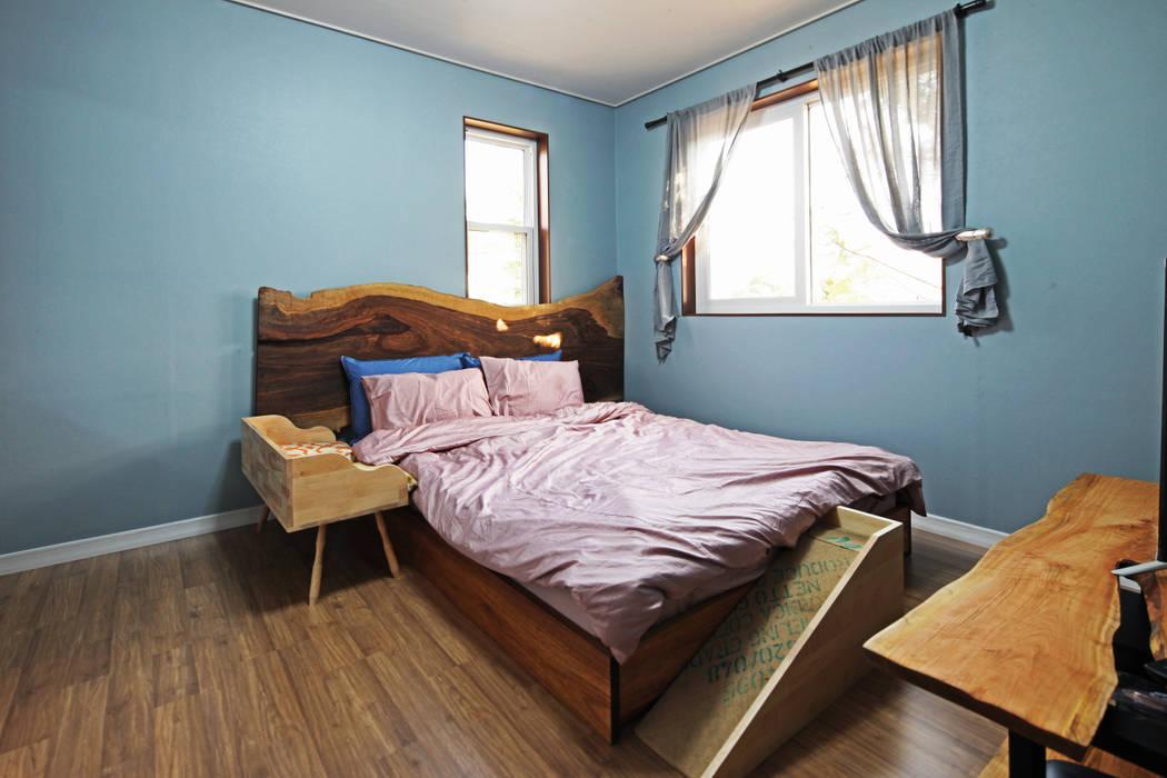 Bedroom by 윤성하우징