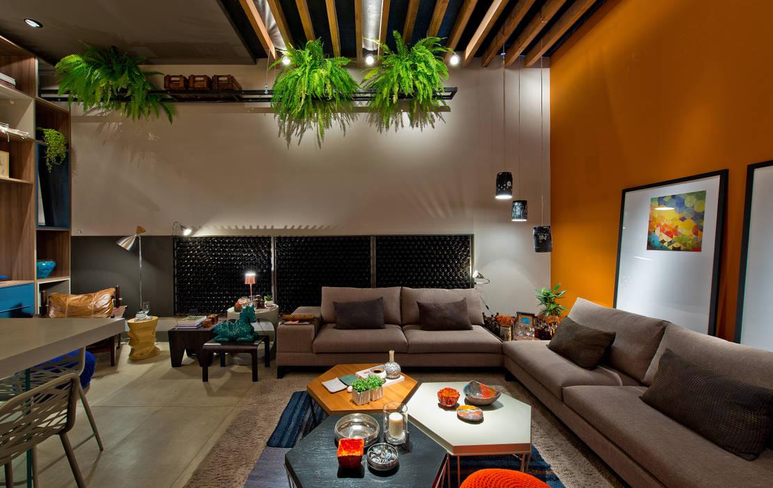Ateliê do Mestre Cervejeiro Sarau Arquitetura Salas de estar modernas