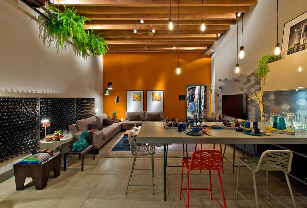 Ateliê do Mestre Cervejeiro Sarau Arquitetura Salas de jantar modernas
