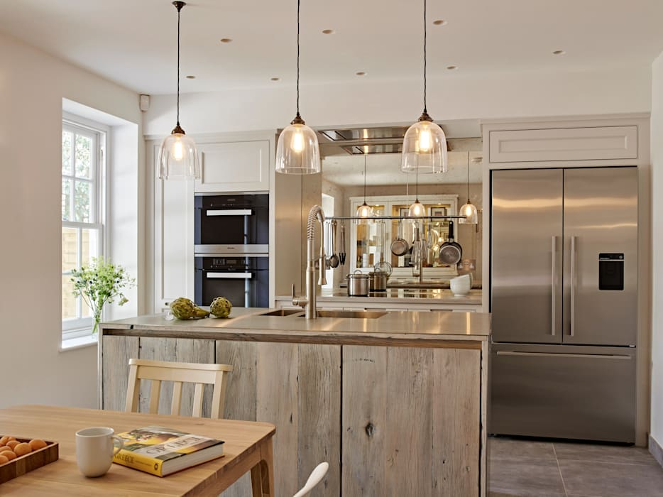 Shaker style cabinetry Industrial style kitchen by Holloways of Ludlow Bespoke Kitchens & Cabinetry Industrial Wood Wood effect