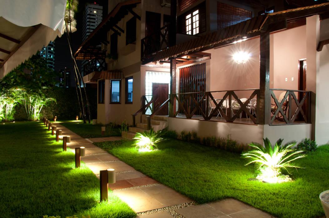 حديقة تنفيذ L+A Arquitetura de iluminação