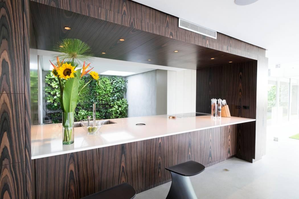 Cocinas modernas: Ideas, imágenes y decoración de KPK Moderno