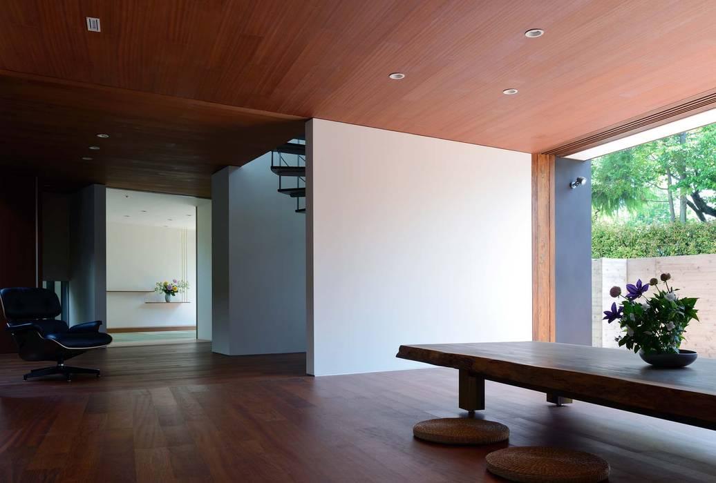 Wohnzimmer latest wohnzimmer kombiniert mit esszimmer im - Asiatische trennwand ...