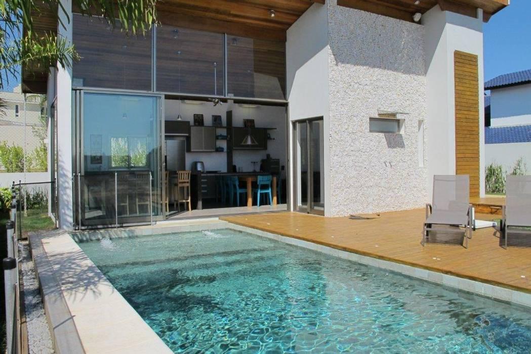 Piscinas de estilo moderno de Andrea Vasconcelos Arquitetura e Design Moderno