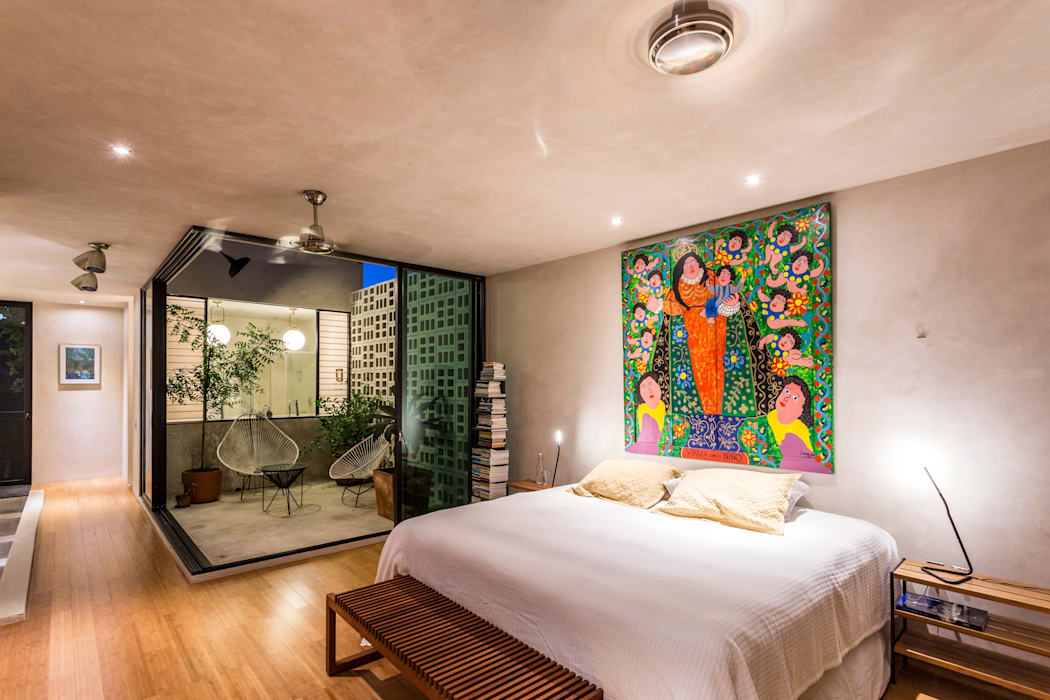 Eclectic style bedroom by Taller Estilo Arquitectura Eclectic