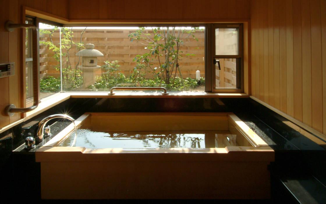 柳川の家 和風の お風呂 の AMI ENVIRONMENT DESIGN/アミ環境デザイン 和風