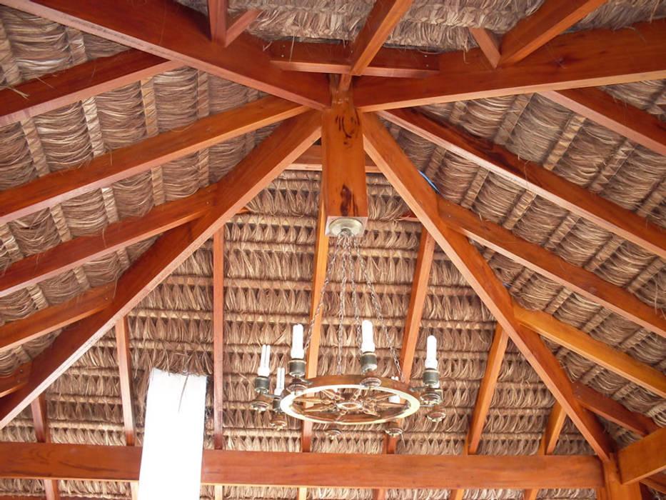 Wände & Böden im Landhausstil von ARQUITETUBA Landhaus