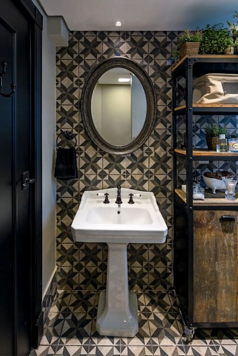 Banho Master Banheiros clássicos por Piloni Arquitetura Clássico
