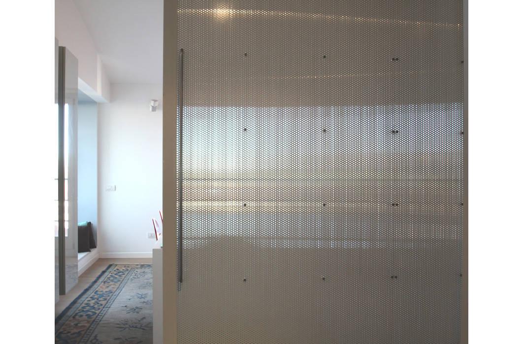STUDIO DI ARCHITETTURA RAFFIN Вікна & Дверi Двері Метал