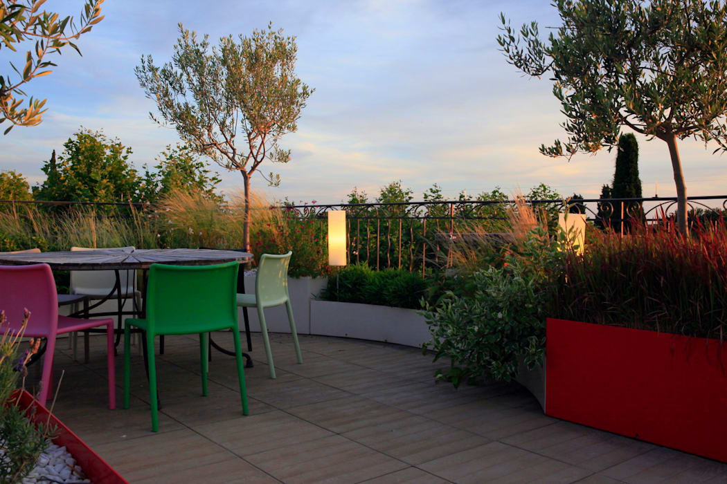 Modern style gardens by CONCEPTUELLES PAYSAGE ET DECORATION Modern