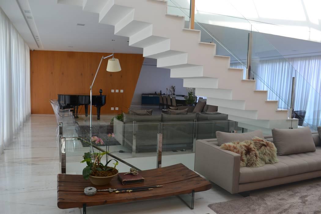 por Juliana Goulart Arquitetura e Design de Interiores, Moderno