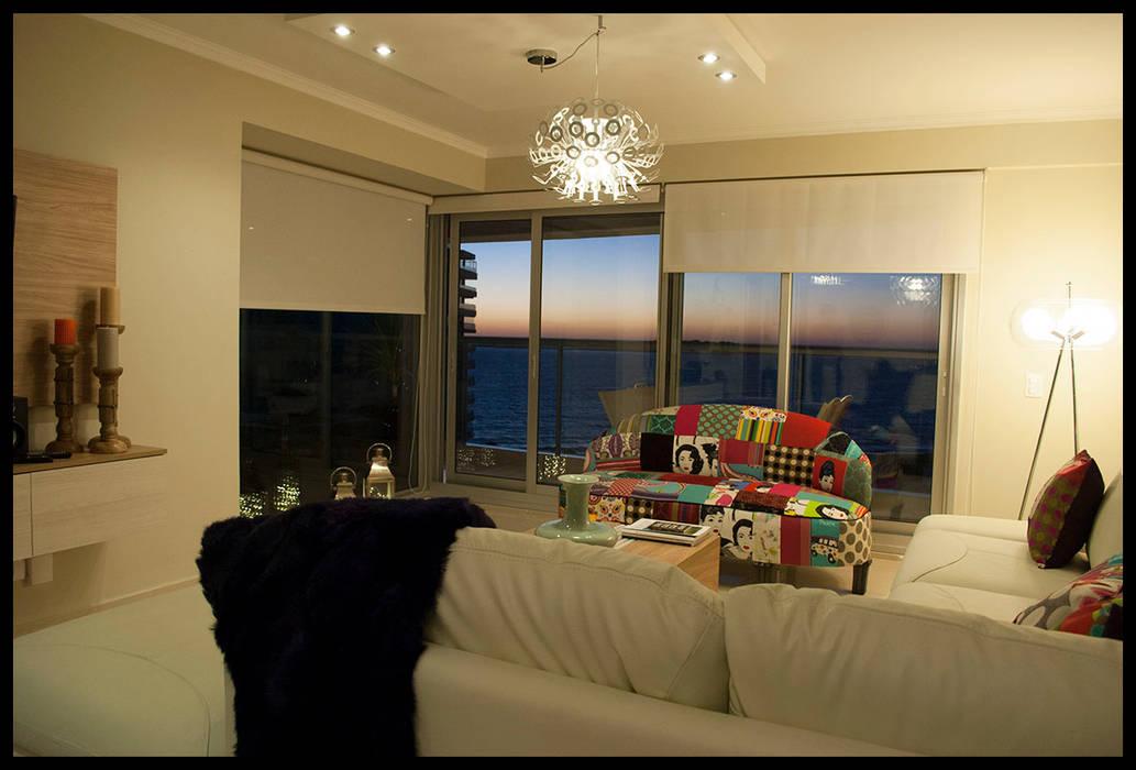 Living Comedor Miami Br: Livings de estilo  por Diseñadora Lucia Casanova