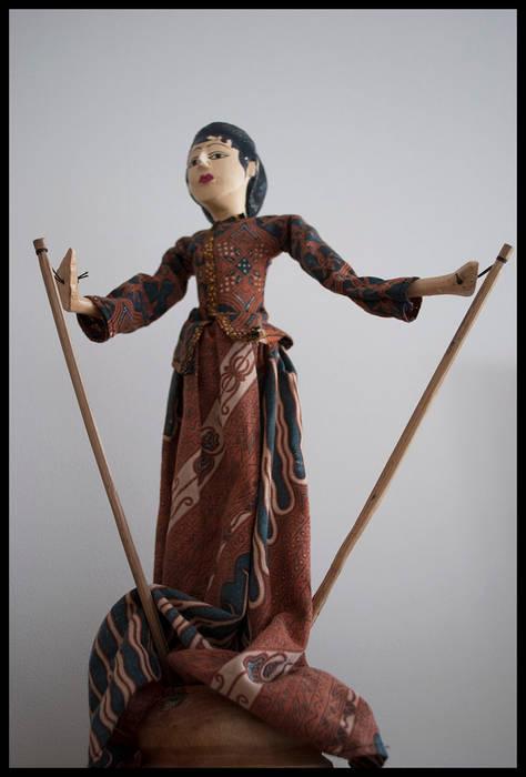 Titeres de BALI: Livings de estilo  por Diseñadora Lucia Casanova,Ecléctico