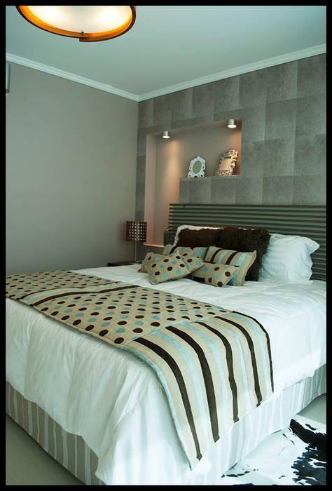 Dormitorio suntuoso: Dormitorios de estilo  por Diseñadora Lucia Casanova,Ecléctico