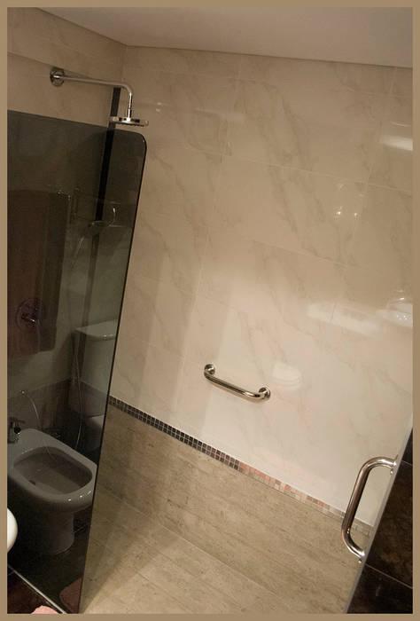REFORMA del segundo baño: Baños de estilo  por Diseñadora Lucia Casanova,Ecléctico