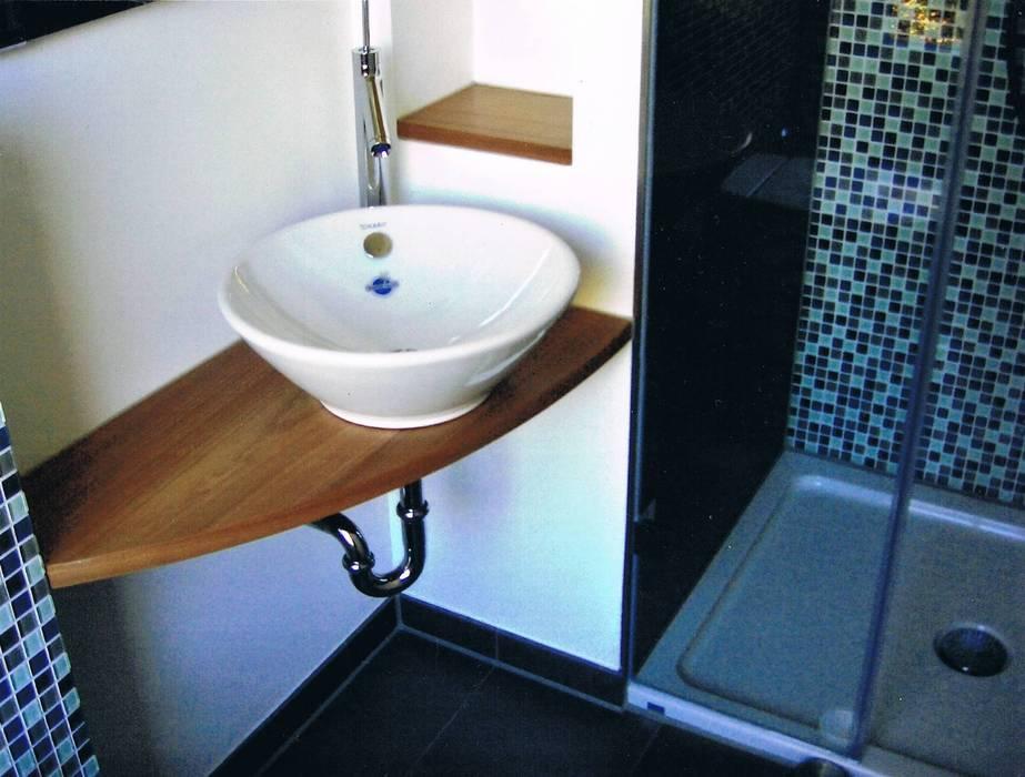 Gastebad Waschtisch Duschnische Badezimmer Von Grandi Lutze Homify