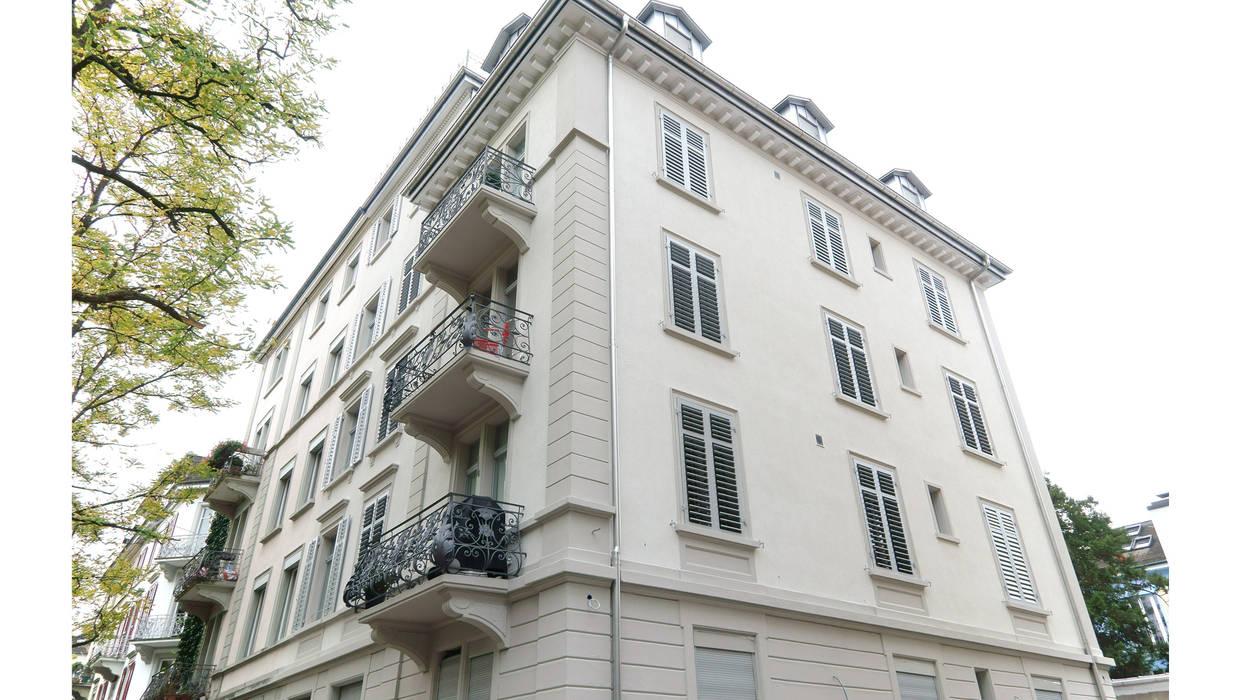 Дома в классическом стиле от Fastarch Architekturbüro eth/sia Классический