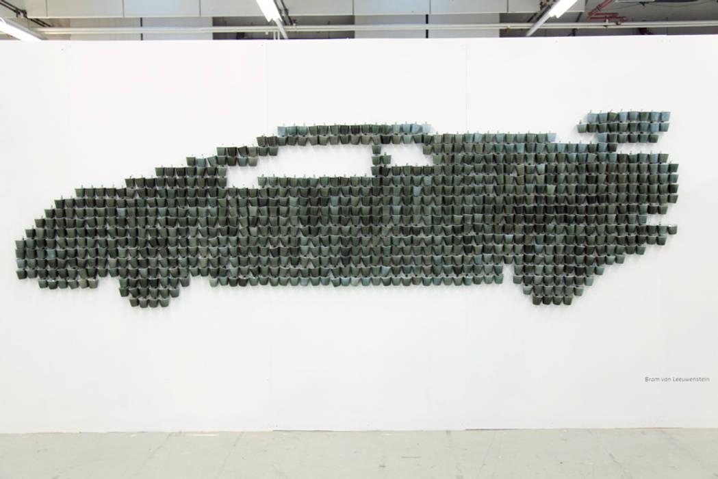 Bram van Leeuwenstein ArtworkSculptures Porcelain Grey