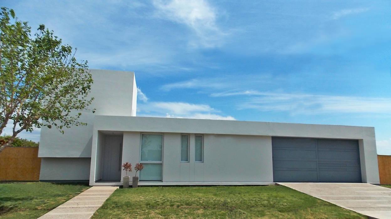 CASA VC: Casas de estilo  por Aurea Arquitectura y Amoblamientos,