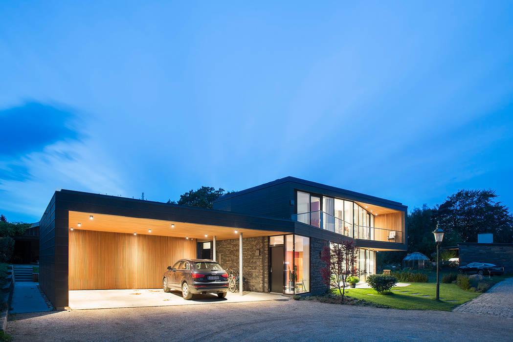 Villa U Skandinavische Häuser von C.F. Møller Architects Skandinavisch Holz Holznachbildung