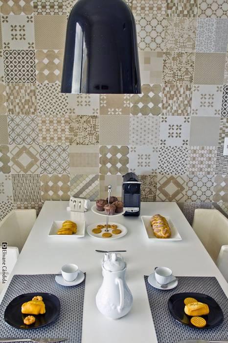 APARTAMENTO MODELO - CHATEAU MARISTA: Cozinhas  por TOLENTINO ARQUITETURA E INTERIORES,Clássico MDF