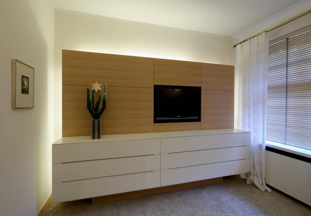 Individuelles Sideboard Schlafzimmer Von Weinkath Gmbh Homify