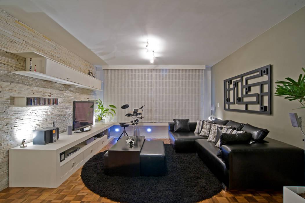 Patrícia Azoni Arquitetura + Arte & Design Modern style media rooms