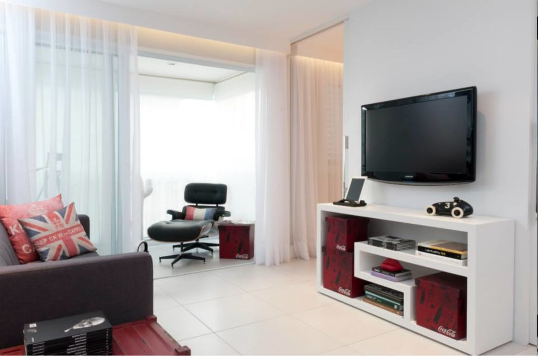 Estúdio Plano Modern living room