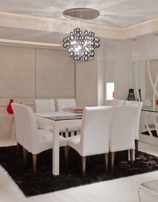 Salle à manger de style  par HB Arquitetos Associados, Moderne Verre