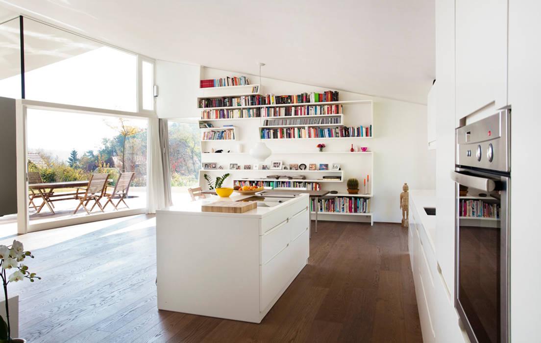Cuisine minimaliste par LOVE architecture and urbanism Minimaliste