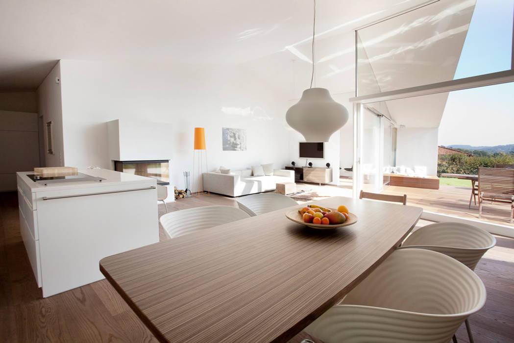 Villa 3S Minimalistische Wohnzimmer von LOVE architecture and urbanism Minimalistisch