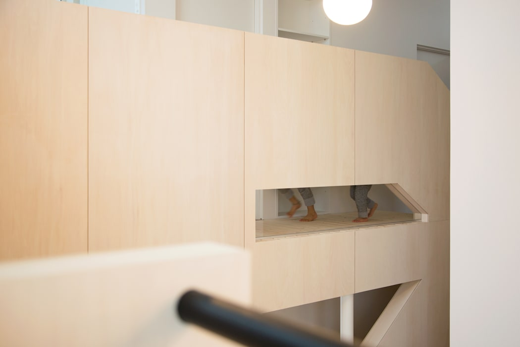 一級建築士事務所 Atelier Casa Eclectic style corridor, hallway & stairs Wood