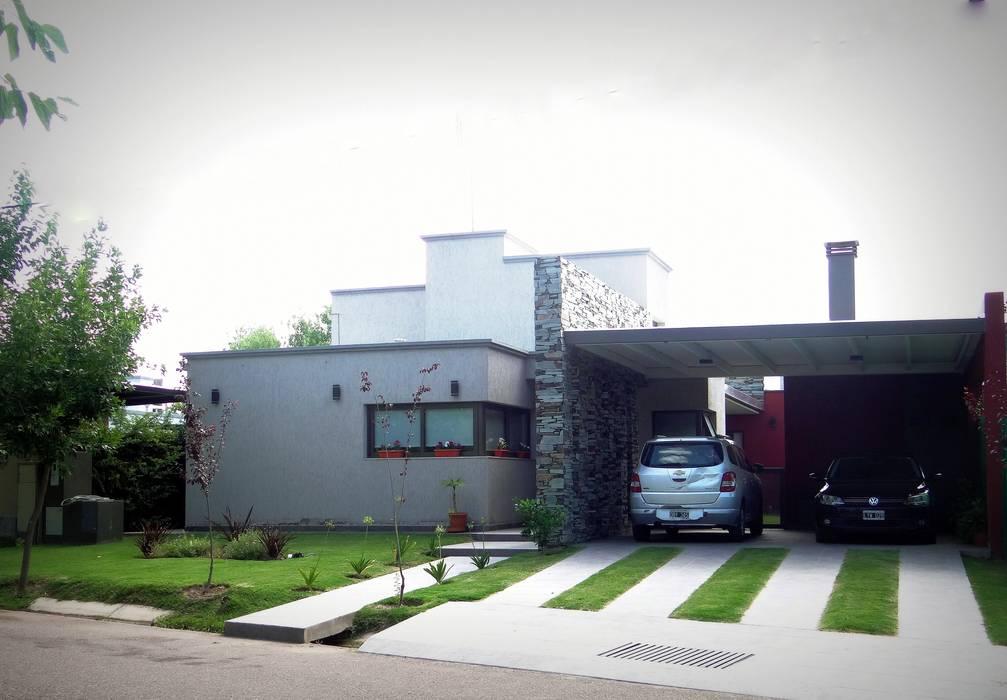 Fachada principal: Casas de estilo  por VYC Arquitectura,Moderno