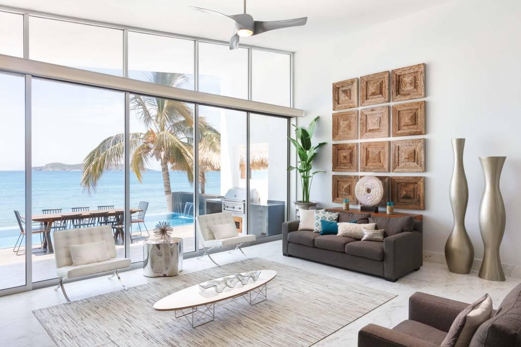 CASA MRE: Salas de estilo  por Imativa Arquitectos,